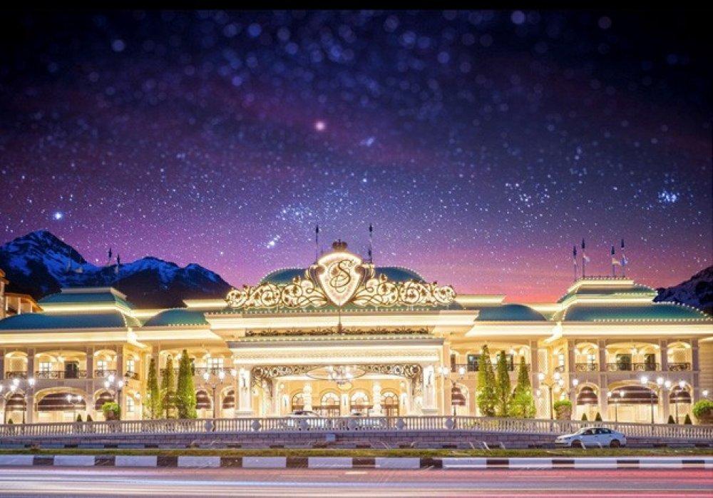 Стендап, концерт MARUV и тайский бокс: чем можно будет развлечь себя гостям Красной Поляны во время EPT Sochi