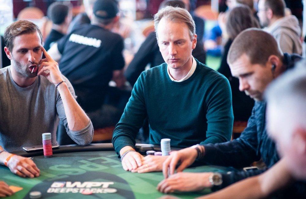 Шведский покерист стал чиплидером финального стола Главного События EPT в Барселоне.